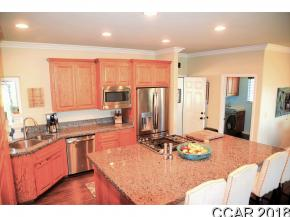 Property Photo 07
